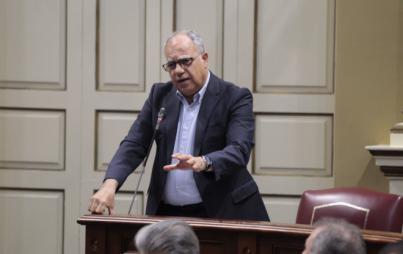 Curbelo pide un esfuerzo para que los PGE incluyan el 75% de bonificación