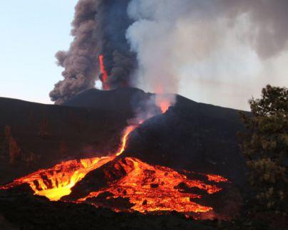 Localizan más de 40 terremotos durante la noche en La Palma, uno de magnitud 4,2 en Mazo