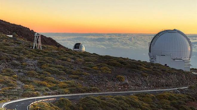 El CSIC convierte el cableado de fibra óptica en una red de sensores para monitorizar la actividad del volcán