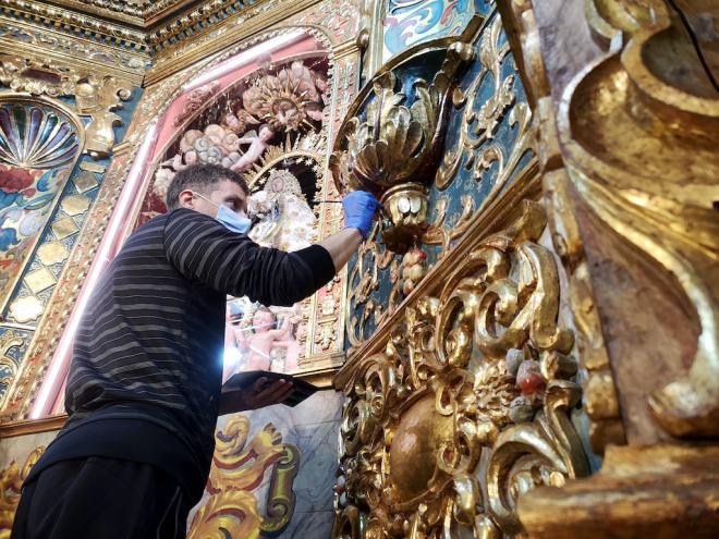 Concluyen los trabajos de restauración y conservación del retablo mayor del Santuario de Las Nieves