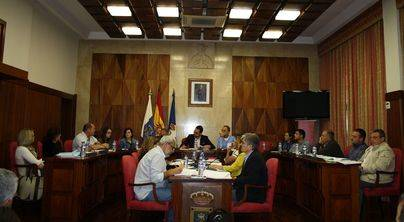 La Mesa de Trabajo por el Empleo aborda las acciones a desarrollar en La Palma