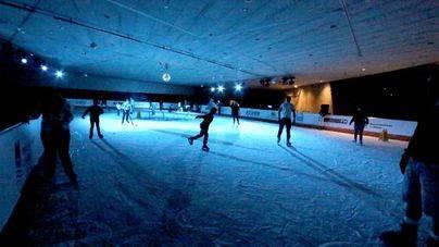 """""""The Rink Magma"""", una pista de hielo para la navidad"""