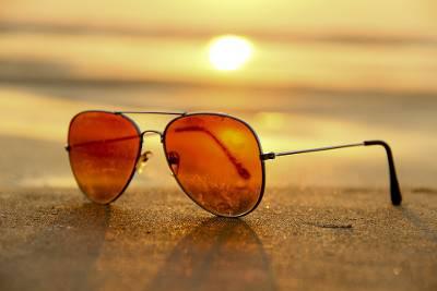 Para qué sirve tintar las gafas de sol de distinto color