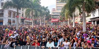 El Carnaval de Día congrega a más de 200.000 personas