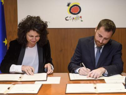 Isaac Castellano y Matilde Asián firman la inversión de 8 millones de euros para ejecutar 13 obras turísticas en Canarias
