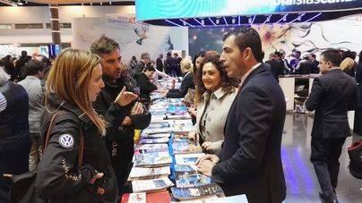 Los Realejos distribuye más de 1.000 guías y folletos promocionales del municipio en FITUR