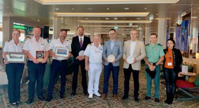 La Gomera recibe a más de tres mil cruceristas a bordo del nuevo Mein Schiff 2