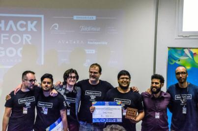 """El equipo """"Testigos de Fourier"""" se alzan con el 1er premio de HackForGood Canarias"""