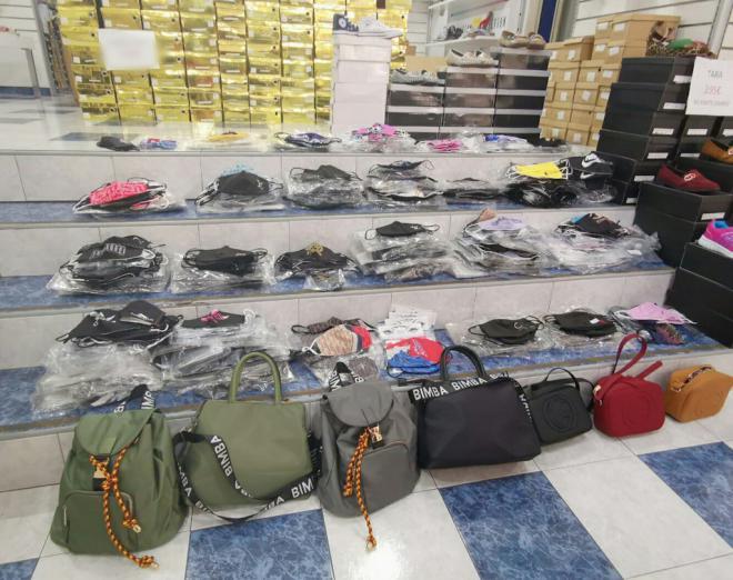 La Policía Local interviene más de 1.240 mascarillas de diversas marcas falsificadas