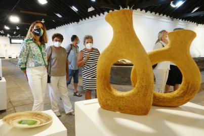 La Asociación de Ceramistas presenta su exposición anual en la sala de Los Lavaderos