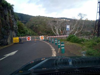 El Cabildo de La Palma cierra las carreteras de Los Tilos, Las Mimbreras y Los Brecitos