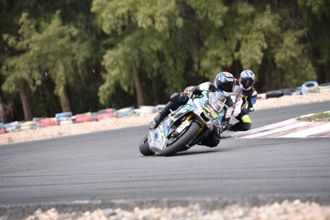 Alayón junto a Martín: pole, vuelta rápida y victoria en dúo