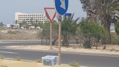 El Cabildo pretende evitar el cierre definitivo de la carretera de las dunas de Corralejo