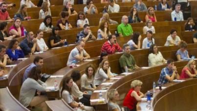'Canarias penaliza a quienes superan un proceso de oposición tan duro'