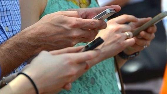 100.000 afectados tras recibir un SMS con un virus en el móvil