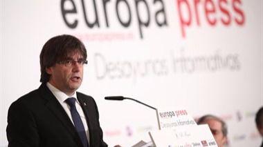 Puigdemont invita al Gobierno a pactar fecha y pregunta del referéndum