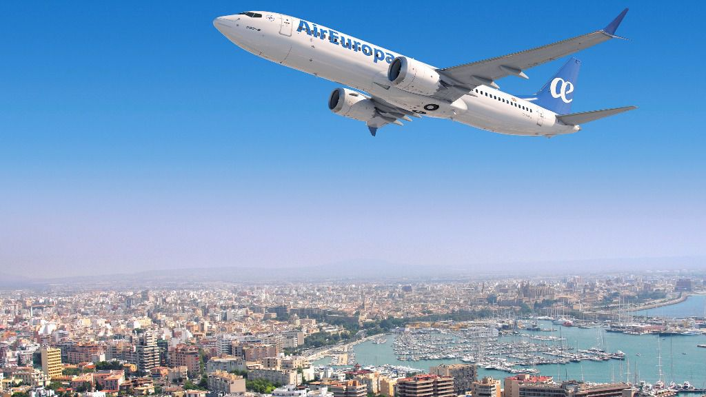 Hidalgo asegura que no le preocupan los vuelos 'low cost' entre España y América
