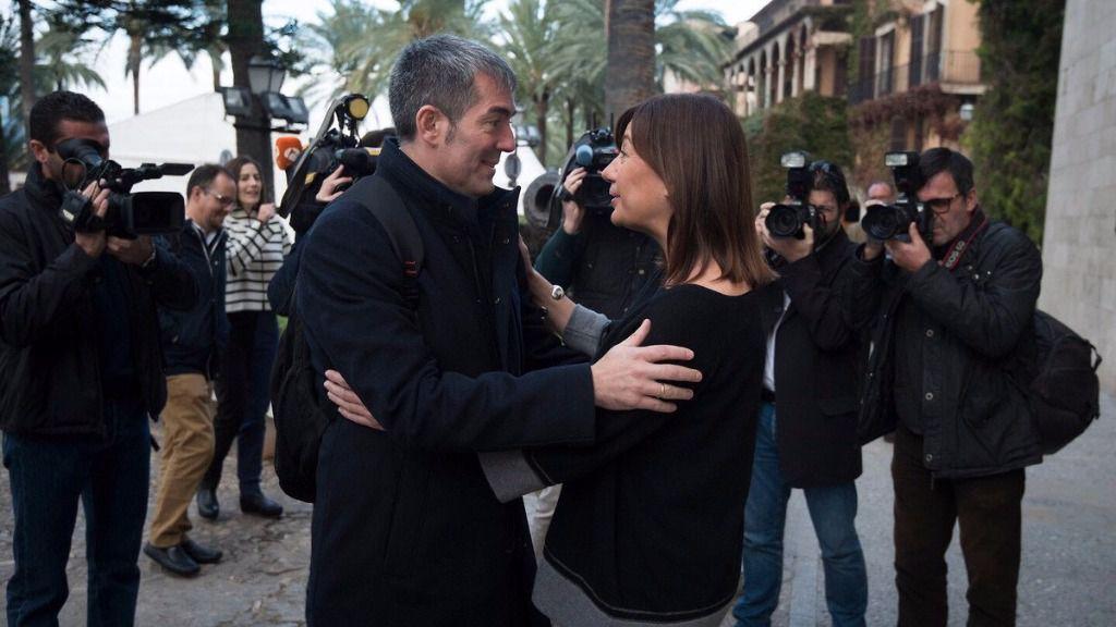 Armengol ha recibido en el Consolat al presidente de Canarias, Fernando Clavijo