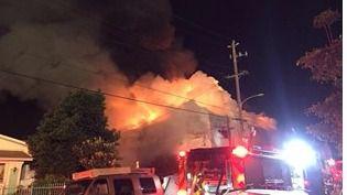 Imágenes del incendio en Oackland