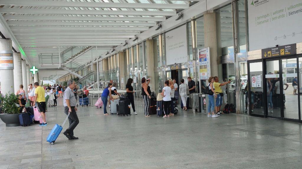 Se han resulto siete expedientes por esta cláusula abusiva a Iberia, Iberia Express, Air Europa y Air Berlin