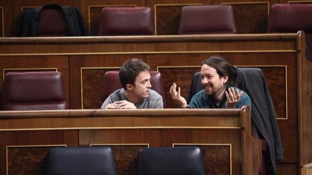 Las dos facciones de Podemos, representadas por Iglesias y Errejón