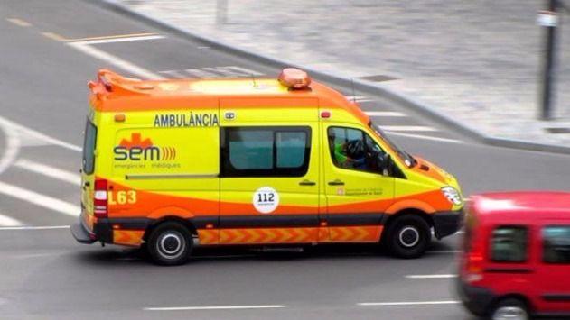 Muere una niña que esperaba una ambulancia en el hospital de Blanes