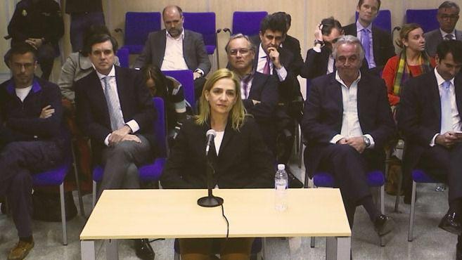 Una imagen de la declaración de la Infanta en el juicio