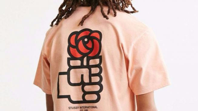 Un comercio estadounidense lanza a la fama la camiseta del PSOE