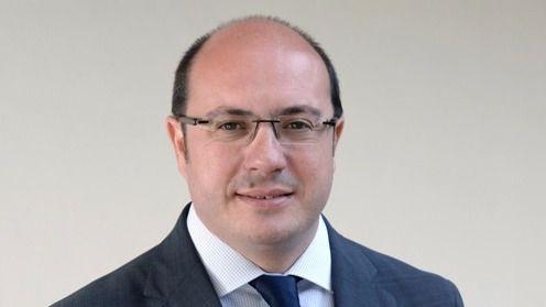 Dimite el presidente de Murcia