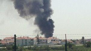 5 muertos al estrellarse una avioneta junto a un 'súper' cerca de Lisboa