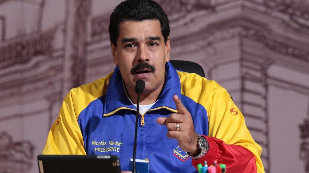 Maduro ampliará las milicias a 500.000 civiles armados con fusil