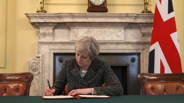 Theresa May anuncia elecciones anticipadas para el 8 de junio