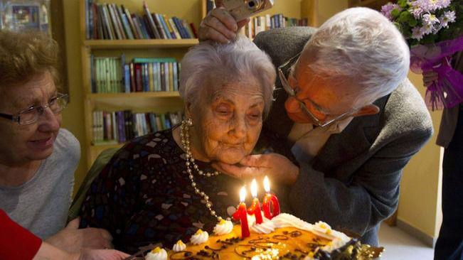 La española Ana Vela ya es la más anciana de Europa