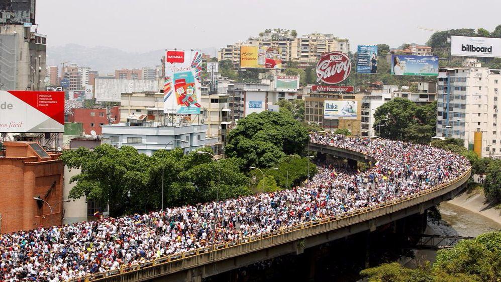 Dos muertos en las manifestaciones contra Maduro en Venezuela