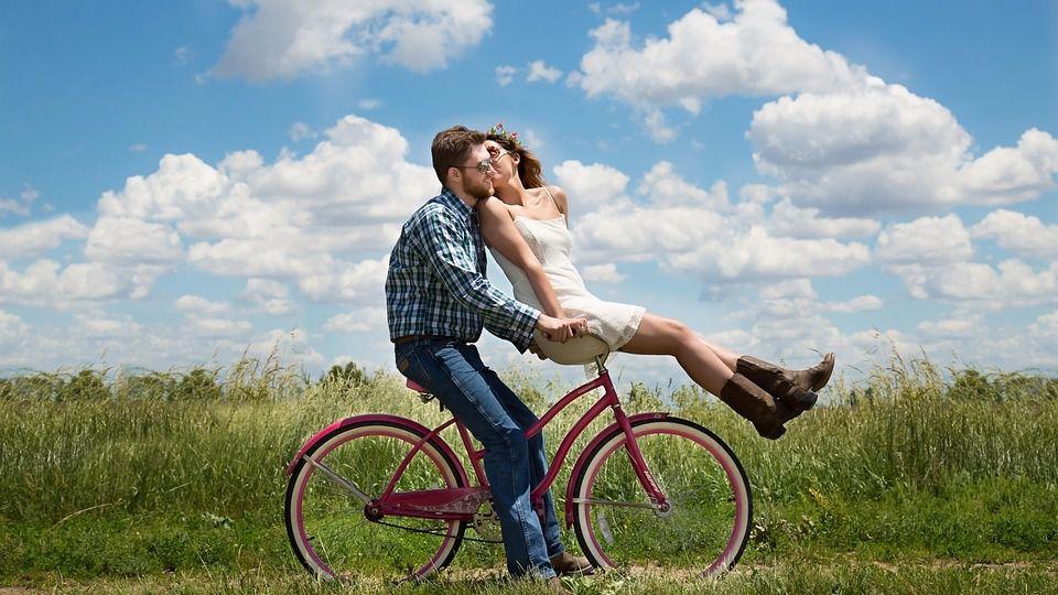 Nueve hábitos de las parejas felices en verano