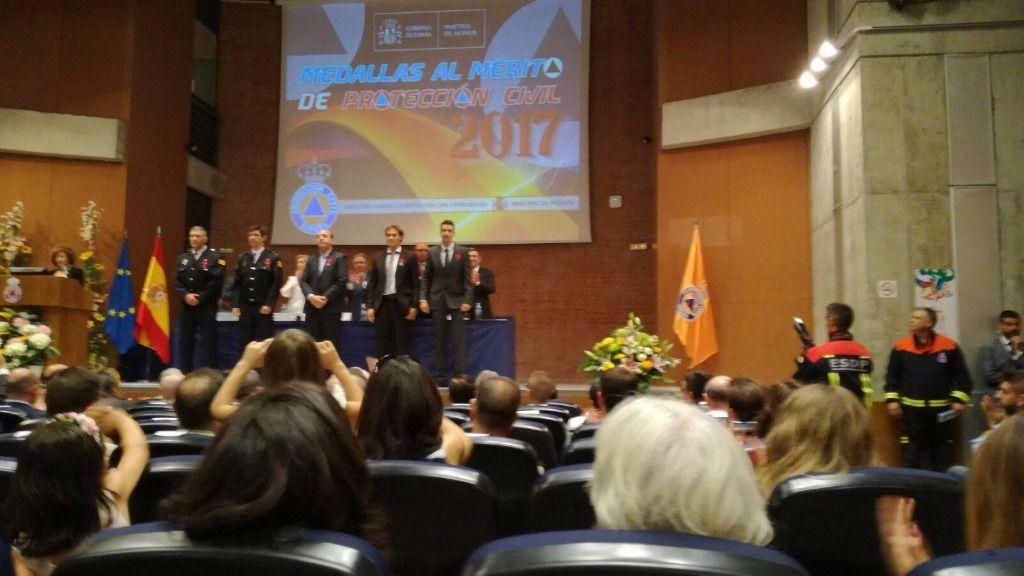 Los mallorquines han sido condecorados  por el ministro Juan Ignacio Zoido