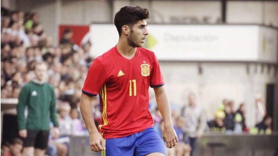 Marco Asensio deslumbra en el debut de la sub-21