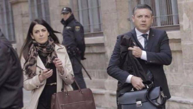 Ambos acudieron a la declaración en sustitución de Javier Saavedra que defendía a Robert Cockx