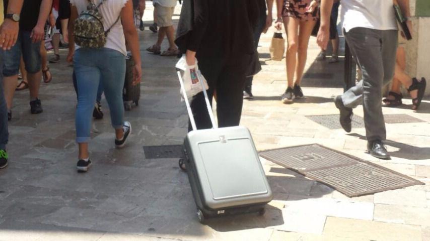 Su inquilino alquila el piso turísticamente y ella tiene que recuperarlo por Airbnb
