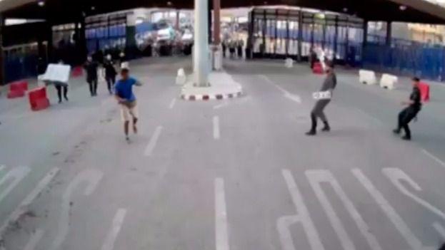 Herido un policía en Melilla por un hombre al grito de 'Alá es grande'