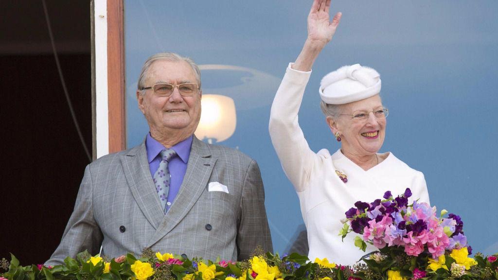 El esposo de la reina Margarita de Dinamarca tiene demencia