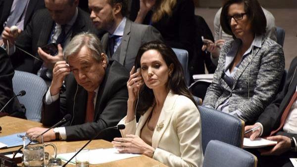 Angelina Jolie, con el secretario general de la ONU antes del estreno de su nueva película