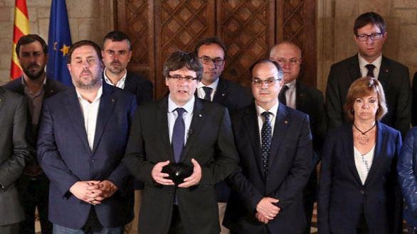 Puigdemont llama a aplicar el proceso hacia la independencia