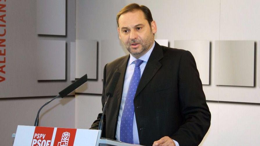 El PSOE califica de 'tramposa' la oferta de diálogo de Puigdemont