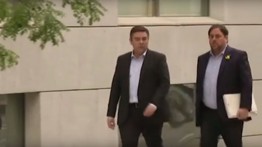 Junqueras y 7 consellers cesados se presentan en la Audiencia para declarar