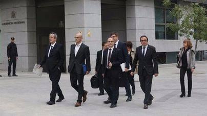 Cárcel provisional y sin fianza para Oriol Junqueras y otros siete exconsellers del Govern