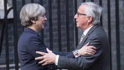 La CE recomienda pasar a la siguiente fase de negociación del Brexit
