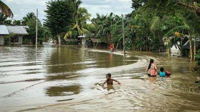 Tembin ya suma más de 250 muertos y 70.000 desplazados en Filipinas