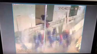 75 heridos al caer tras desplomarse el suelo de la Bolsa de Yakarta