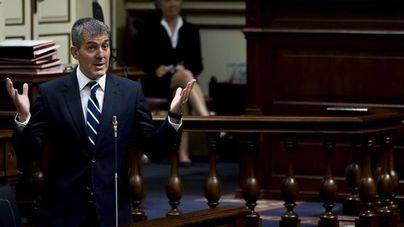 PSOE, NC y Podemos solicitan la comparecencia de Clavijo ante el Parlamento